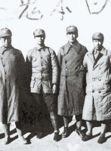 팔로군 시절의 자오퉁(왼쪽 네 번째). 왼쪽 세 번째가 양청우. 다섯 번째는 훗날 한국전쟁 시절 중공군 부사령관을 역임한 덩화(鄧華). [사진 김명호]