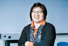 """용인대 체육과학대학 내 연구실에서 만난 장미란 교수는 """"뭘 꼭 해야 되겠다는 욕심은 내려놨다. 하루하루 주어진 일에 감사하며 최선을 다할 뿐""""이라고 말했다. 용인=박종근 기자"""